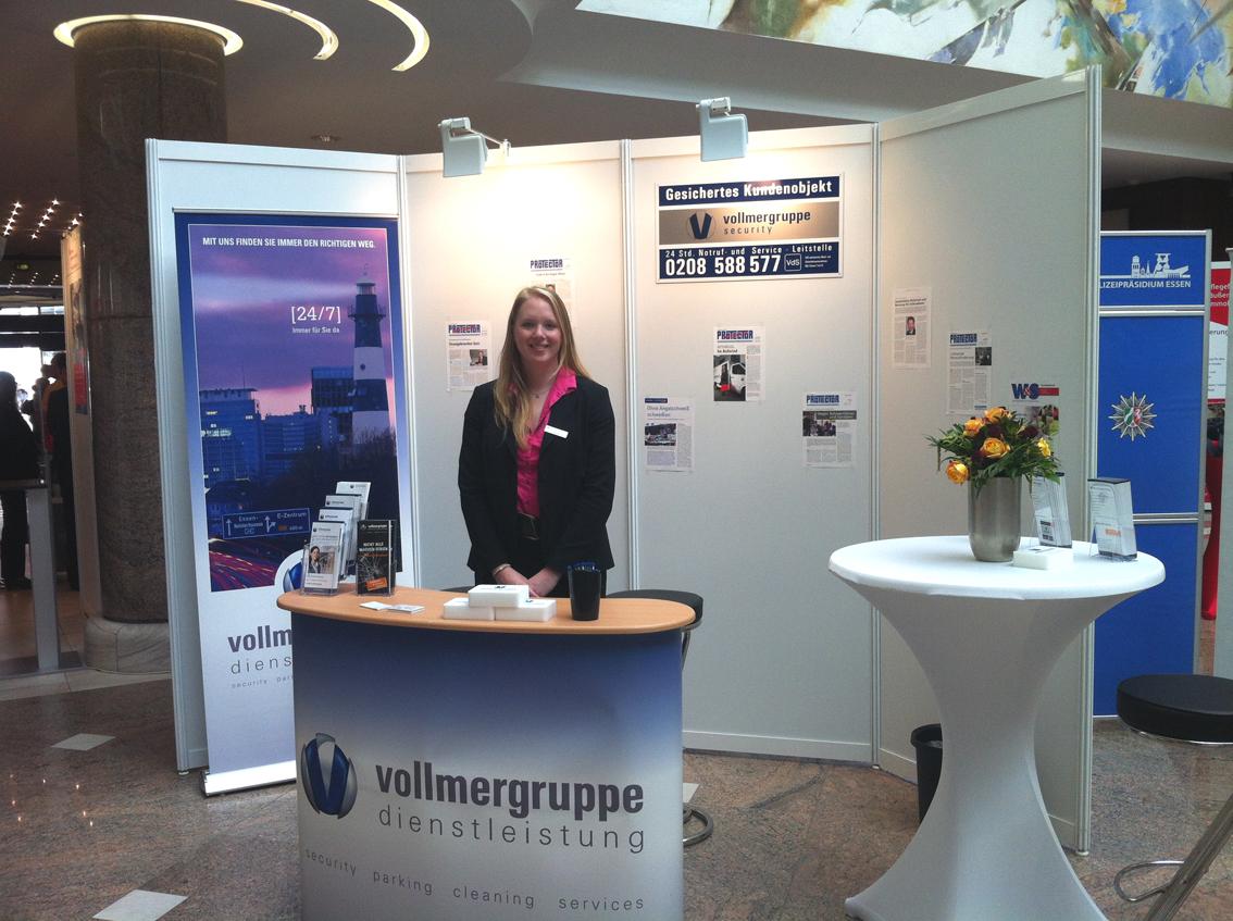 Vollmergruppe mit Stand auf der Immobilienmesse in Mülheim 2014